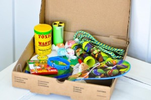 Retro Surfing Ninja Turtle Themed End of Summer Party with Totally Awesome IDEAS via Kara's Party Ideas | KarasPartyIdeas.com #TMNT #Cowabunga #NijaTurtles #PizzaParty #Party #Ideas #Supplies (3)