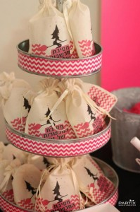 Witch Themed 9th Birthday Party with So Many Darling Ideas via Kara's Party Ideas | KarasPartyIdeas.com #WitchesNightOut #Halloween #Party #Ideas #Supplies (13)