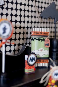 25+ Spooktacular Halloween DIY Ideas via Kara's Party Ideas | KarasPartyIdeas.com #HalloweenParty #PartyIdeas #Supplies (23)