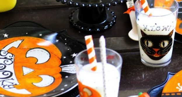 Halloween Party for Pottery Barn Kids with tons of ideas! By Kara Allen of KarasPartyIdeas.com #halloweenpartyideas #halloweenrecipes #halloweentreats
