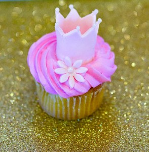 Royal Pricess Themed Birthday Party with Lots of Really Cute Ideas via Kara's Party Ideas KarasPartyIdeas.com #PrincessParty #PartyIdeas #Supplies (8)