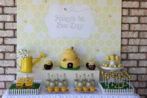 1st Bee-Day Party with Such Cute Ideas via Kara's Party Ideas | KarasPartyIdeas.com #HoneybeeParty #Party #Ideas #Supplies (11)