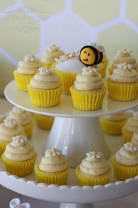 1st Bee-Day Party with Such Cute Ideas via Kara's Party Ideas | KarasPartyIdeas.com #HoneybeeParty #Party #Ideas #Supplies (8)