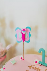 Butterfly Themed 1st Birthday Party with Lots of Cute Ideas via Kara's Party Ideas | KarasPartyIdeas.com #Butterflies #FirstBirthday #PartyIdeas #PartySupplies #Butterfly (40)