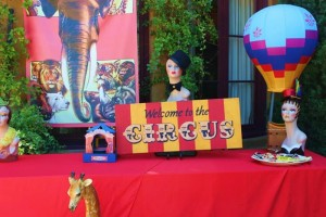 Traveling Circus Party with Lots of Fabulous Ideas via Kara's Party Ideas | KarasPartyIdeas.com #CarnivalParty #BigTopParty #PartyIdeas #Supplies (12)