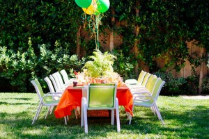 Dinosaur Themed 3rd Birthday Party with Lots of Really Great Ideas via Kara's Party Ideas | KarasPartyIdeas.com #DinosaurParty #PartyIdeas #Supplies (12)