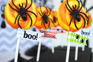 Eek-O-Ween Party with FREE PRINTABLES and Such Cute Ideas via Kara's Party Ideas | KarasPartyIdeas.com #HalloweenParty #HalloweenPrintables #Party #Ideas #Supplies (1)