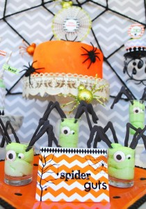 Eek-O-Ween Party with FREE PRINTABLES and Such Cute Ideas via Kara's Party Ideas | KarasPartyIdeas.com #HalloweenParty #HalloweenPrintables #Party #Ideas #Supplies (4)