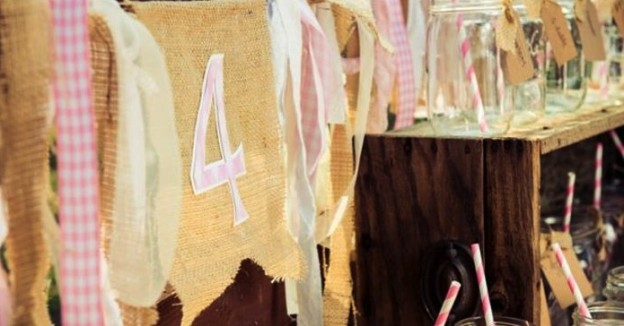 Horse Themed 4th Birthday Party with Such Cute Ideas via Kara's Party Ideas | KarasPartyIdeas.com #Western #Party #Ideas #Supplies (1)