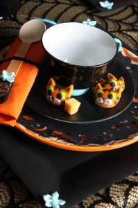 Vintage Halloween Party with Lots of REALLY CUTE IDEAS via Kara's Party Ideas | KarasPartyIdeas.com #HallowsEve #Party #Ideas #Supplies (37)