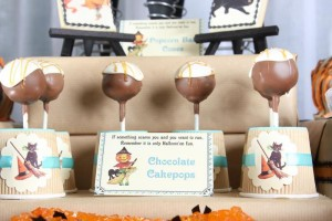 Vintage Halloween Party with Lots of REALLY CUTE IDEAS via Kara's Party Ideas | KarasPartyIdeas.com #HallowsEve #Party #Ideas #Supplies (25)