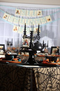 Vintage Halloween Party with Lots of REALLY CUTE IDEAS via Kara's Party Ideas | KarasPartyIdeas.com #HallowsEve #Party #Ideas #Supplies (22)