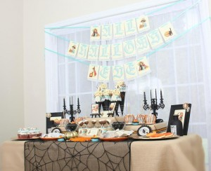 Vintage Halloween Party with Lots of REALLY CUTE IDEAS via Kara's Party Ideas | KarasPartyIdeas.com #HallowsEve #Party #Ideas #Supplies (2)