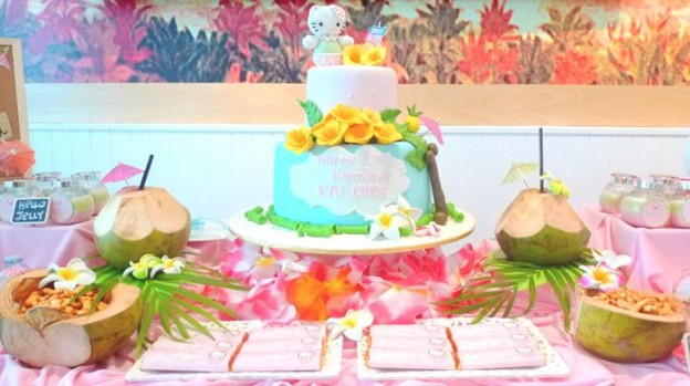 Hawaiian Hello Kitty Party with So Many Cute Ideas via Kara's Party Ideas | KarasPartyIdeas.com #HelloKittyParty #Party #Ideas #Supplies (2)