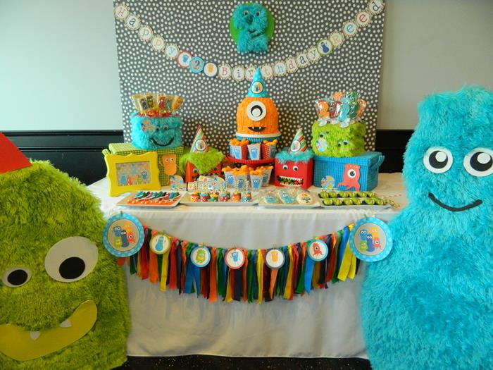 Kara 39 s party ideas monster bash themed 2nd birthday party for 2nd birthday party decoration