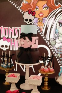 Chic Monster High Party with Such AWESOME Ideas via Kara's Party Ideas | KarasPartyIdeas.com #MonsterHighDollParty #Party #Ideas #Supplies (15)
