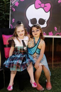 Chic Monster High Party with Such AWESOME Ideas via Kara's Party Ideas | KarasPartyIdeas.com #MonsterHighDollParty #Party #Ideas #Supplies (10)