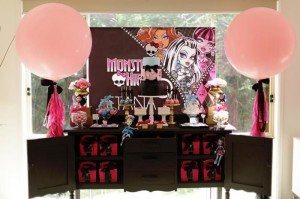 Chic Monster High Party with Such AWESOME Ideas via Kara's Party Ideas | KarasPartyIdeas.com #MonsterHighDollParty #Party #Ideas #Supplies (2)