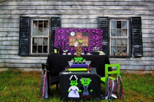 Holy Monster'mony Halloween Party with SUCH CUTE IDEAS via Kara's Party Ideas | KarasPartyIdeas.com #MonsterBash #MonsterWedding #Party #Ideas #Supplies (25)