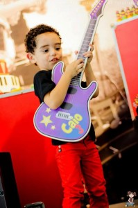 Music Themed Party Full of Awesome Ideas via Kara's Party Ideas | KarasPartyIdeas.com #Musical #RockStar #Party #Ideas #Supplies (12)
