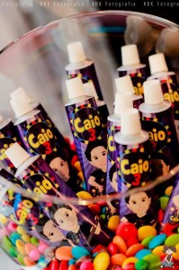Music Themed Party Full of Awesome Ideas via Kara's Party Ideas | KarasPartyIdeas.com #Musical #RockStar #Party #Ideas #Supplies (9)