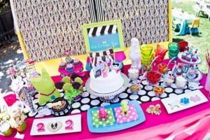 Puppy Parlor Party with Lots of Darling Ideas via Kara's Party Ideas | KarasPartyIdeas.com #PuppyParty #PartyIdeas #Supplies (2)