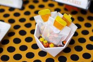 Retro Halloween Party with Lots of Really Cute Ideas via Kara's Party Ideas | KarasPartyIdeas.com #HalloweenParty #BlackCatParty #PartyIdeas #Supplies (8)