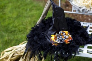 Retro Halloween Party with Lots of Really Cute Ideas via Kara's Party Ideas | KarasPartyIdeas.com #HalloweenParty #BlackCatParty #PartyIdeas #Supplies (5)