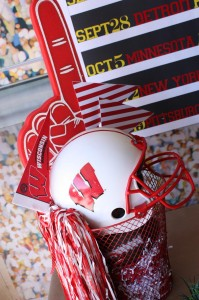 Sports Party with Really Fun Ideas via Kara's Party Ideas | KarasPartyIdeas.com #FootballParty #HockeyParty #BaseballParty #PartyIdeas #Supplies (19)