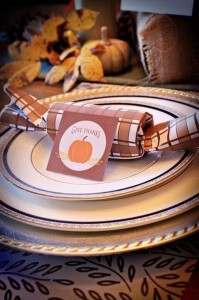 A Thanksgiving Table with Really Cute Ideas via Kara's Party Ideas | KarasPartyIdeas.com #ThansgivingTable #ThanksgivingParty #PartyIdeas #Supplies (11)
