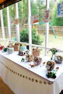 Toy Story Party with So Many CuteIdeas via Kara's Party Ideas KarasPartyIdeas.com #ToyStory #BuzzlightyearParty #PartyIdeas #Supplies (7)