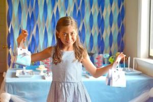 Under the Sea Party with Lots of Cute Ideas via Kara's Party Ideas | KarasPartyIdeas.com #Ocean #Fish #Party #Ideas #Supplies (8)