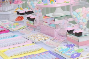 Rainbows and Unicorns Party with So Many Cute Ideas via Kara's Party Ideas | KarasPartyIdeas.com #UnicornParty #RainbowParty #PartyIdeas #Supplies (14)