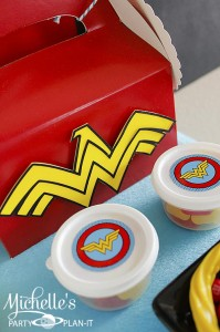 Wonder Woman Party with So Many Awesome Ideas via Kara's Party Ideas | KarasPartyIdeas.com #Superhero #Party #Ideas #Supplies (12)