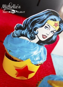 Wonder Woman Party with So Many Awesome Ideas via Kara's Party Ideas | KarasPartyIdeas.com #Superhero #Party #Ideas #Supplies (10)
