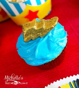 Wonder Woman Party with So Many Awesome Ideas via Kara's Party Ideas | KarasPartyIdeas.com #Superhero #Party #Ideas #Supplies (9)