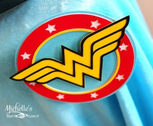 Wonder Woman Party with So Many Awesome Ideas via Kara's Party Ideas | KarasPartyIdeas.com #Superhero #Party #Ideas #Supplies (6)