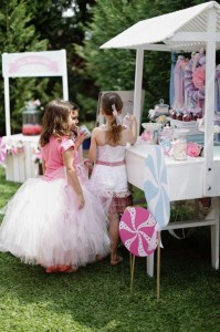 Unicorn Party with Lots of Great Ideas via Kara's Party Ideas | KarasPartyIdeas.com #UnicornParty #Rainbow #PartyIdeas #PartySupplies (13)