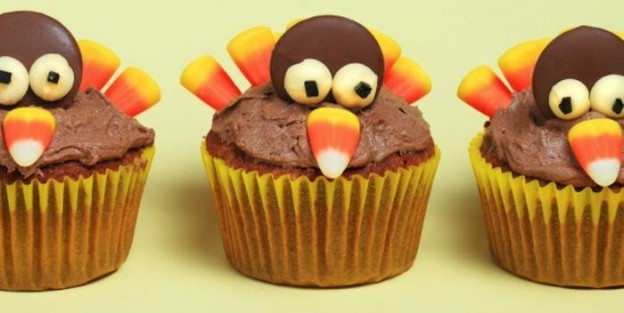 Thanksgiving Turkey Cupcakes Recipe via Kara's Party Ideas | THE place for all things party! KarasPartyIdeas.com #turkeycupcakes #thanksgivingideas 2