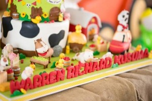 Barnyard Party with Full of Ideas via Kara's Party Ideas | KarasPartyIdeas.com #BarnyardParty #FarmParty #PartyIdeas #Supplies (4)