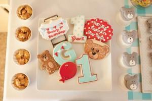 Vintage Bear Party with Absolutely Adorabe Ideas via Kara's Party Ideas | KarasPartyIdeas.com #TeddyBearParty #BearParty #PartyIdeas #Supplies (10)