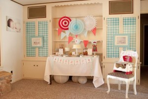 Vintage Bear Party with Absolutely Adorabe Ideas via Kara's Party Ideas | KarasPartyIdeas.com #TeddyBearParty #BearParty #PartyIdeas #Supplies (6)