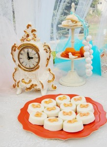 Vintage Cinderella Pumpkin Princess Party with Such Cute Ideas via Kara's Party Ideas | KarasPartyIdeas.com #FallParty #CinderellaParty #PumpkinParty #PartyIdeas #Supplies (10)