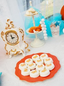 Vintage Cinderella Pumpkin Princess Party with Such Cute Ideas via Kara's Party Ideas | KarasPartyIdeas.com #FallParty #CinderellaParty #PumpkinParty #PartyIdeas #Supplies (4)
