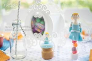 Vintage Cinderella Party with Lots of Cute Ideas via Kara's Party Ideas | KarasPartyIdeas.com #CinderellaParty #DisneyPrincessParty #PartyIdeas #Supplies (3)