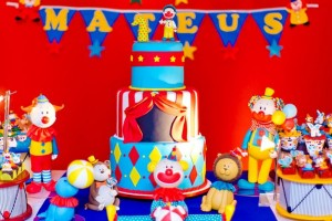 Circus Party Full of Awesome Ideas via Kara's Party Ideas | KarasPartyIdeas.com #CarnivalParty #Circus #PartyIdeas #Supplies (9)