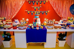 Circus Party Full of Awesome Ideas via Kara's Party Ideas | KarasPartyIdeas.com #CarnivalParty #Circus #PartyIdeas #Supplies (3)