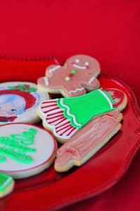 Mrs. Claus Cookie Shop Party with REALLY CUTE IDEAS via Kara's Party Ideas | KarasPartyIdeas.com #ChristmasParty #KidsChristmasParty #HolidayParty #PartyIdeas #Supplies (13)