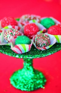 Mrs. Claus Cookie Shop Party with REALLY CUTE IDEAS via Kara's Party Ideas | KarasPartyIdeas.com #ChristmasParty #KidsChristmasParty #HolidayParty #PartyIdeas #Supplies (5)