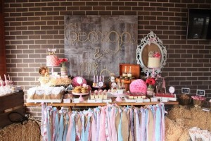 Vintage Cowgirl Party with SUCH CUTE IDEAS via Kara's Party Ideas | KarasPartyIdeas.com #WesternParty #CowgirlParty #Party #Ideas #Supplies (23)